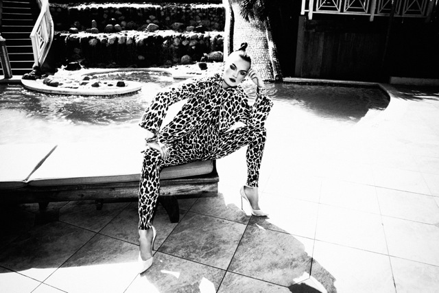 Grazia_Cruise_Shot02_017bw2